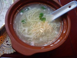 豆腐の千切りスープ